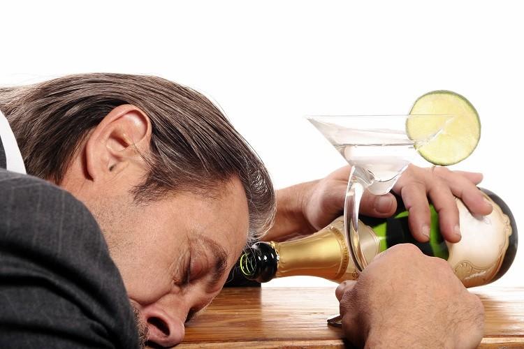 Alkoholizm - jak zacząć leczenie
