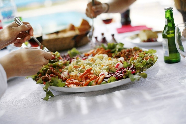 W jaki sposób zamienić zwykły obiad na zbilansowany posiłek?